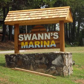 Marina Services & Amenities